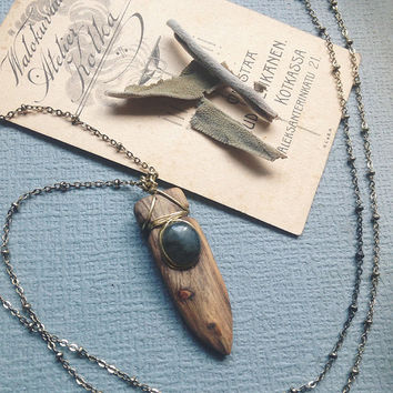 aurora | wood labradorite necklace - wood crystal necklace - labradorite pendant - woodland witch necklace - wood stone necklace