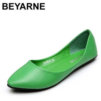 BEYARNE Free shipping Upgrade qualit women's flat shoes fake suede ladies ballet shoes casual mother shoes women Factory price