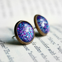 Cheshire - Antiqued Brass Post Earrings