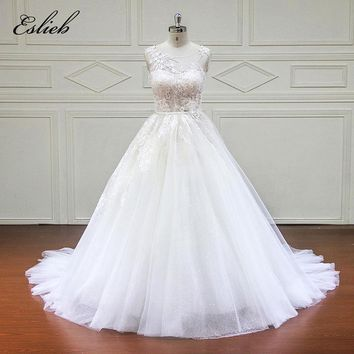 Exquisite Pearls Flower Lace Illusion Wedding Dress Sashes Court Train Tulle Sexy Sheer Button Back Custom-made Bridal Gown