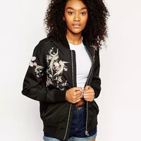 Casual Black Floral And Bird Embroidered Jacket