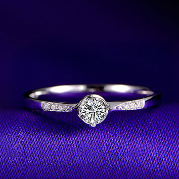 18k White Gold Diamond Ring Band Engagement Wedding Birthday Anniversary Valentine's