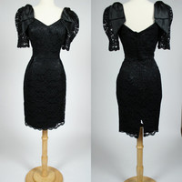 1980's black lace dress w big bow shoulders 80's wiggle dress sweet heart neckline short puff sleeves low back cocktail formal Medium size 8