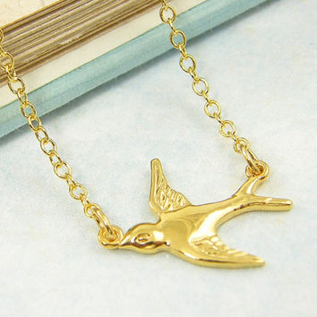 Gold Swallow Necklace, Flying Bird Necklace Pendant Charm Simple Modern Jewelry