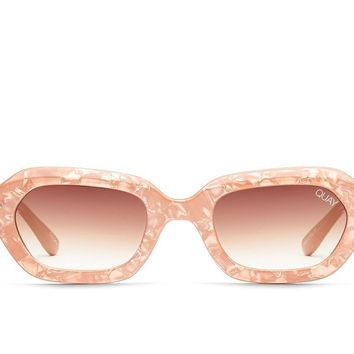 Quay Anything Goes Peach Pearl Sunglasses / Brown Lenses