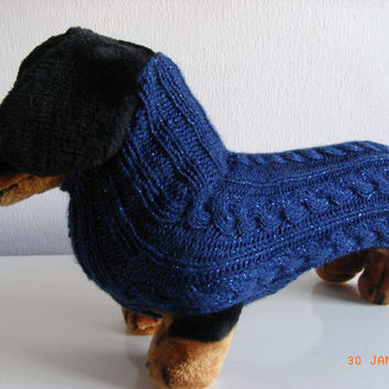 Dog sweater hand knit worsted weight miniture daschund / doxie, dashund sweater,dog sweater, dashund coat, hand knit doxie sweater,