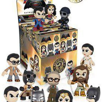 Funko Mystery Minis: Batman v Superman Blind Box Vinyl Figure (12 pack)