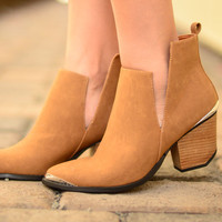 Step by Step Booties - Camel