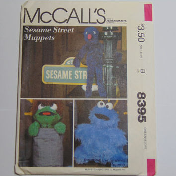 McCall's Craft 8395 Sesame Street Muppets Characters Grover Oscar Cookie Monster 1983