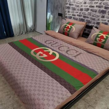 GUCCI Luxury Designer Home Blanket Quilt coverlet 2 Pillows Shams 4 PC Bedding Set