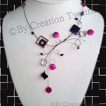 fuchsia black necklace,wedding necklace, evening necklace, bridesmaids gift, funky necklace, contemporary necklace, mother gif, swirls