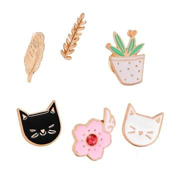 Fashion Cartoon Pink Flower Coctus Plants Cat Enamel Brooch Animal Leaves Pins Denim Jacket Button Bag Badge Accessories
