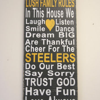 Steelers Distressed Wood Sign Family Rules Team Sign Housewarming Gift Wedding Gift Bridal Shower Gift Rustic Wood Sign Vintage Wood Sign