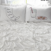 Aeropostale  Dear Santa Pillow Case Set