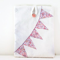 Bunting IPad sleeve , fabric padded Ipad case with pink and purple flower print applique bunting , uk seller