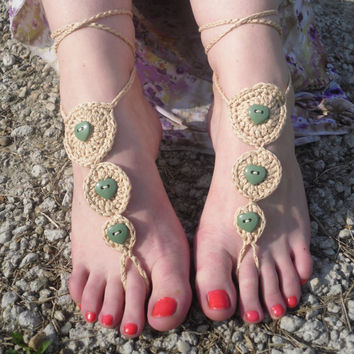 Crochet barefoot with buttons, foot jewelry, beach