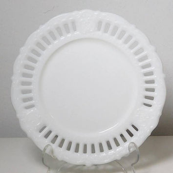 "Ornate White Milk Glass Plate Cut Out Design Snack Cake Vintage 7 1/2"" Round"
