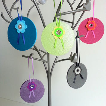 Paper Christmas Ornament Set of 5 Colorful Holiday Decoration Bright Girly Christmas Tree Ornament Sparkly Christmas Paper Ornament