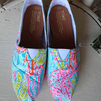 Lilly Pulitzer Let's Cha Cha TOMS