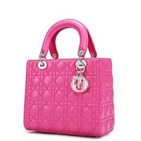 Fengyaqiandai Women's Genuine Sheepskin Leather Diamond Texture Lattice Lady Handbags