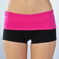 BLACK FUCHSIA TWO TONE YOGA SHORTS