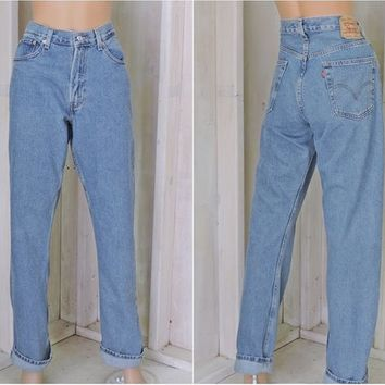 Vintage Levis 505 jeans / 33 X 34 size 8 / 9 / high waisted / regular fit / straight leg Levis