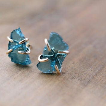 Blue Tourmaline Studs. Raw Rough Tourmaline Slices. Blue Stone Studs. Gold Fill Prong Earrings. Raw Blue Tourmaline Jewelry. Boho Earrings