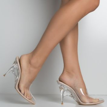 Pointed Toe Heeled Mule in Clear