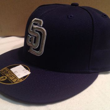 NWT SAN DIEGO PADRES RETRO ONFIELD GOLD SD FLAT BRIM NEW ERA 5950 FITTED HAT