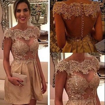 2015 Fashion Jewel Neckline Appliqued Beaded Cap Sleeve Sheer Back Mini Length Cocktail Dresses Short Prom Dress