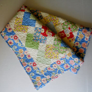 Modern Lap Quilt Sofa Throw Dorm Quilt Blue Yellow Green Red Dots Flowers