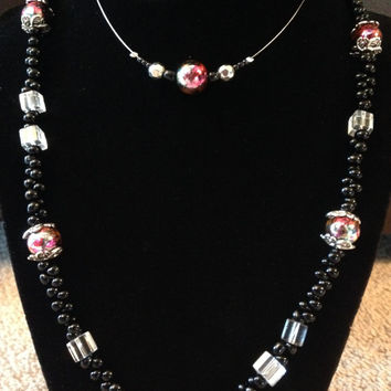 Mother/Daughter Semi Matching Pink Bead Necklace Set