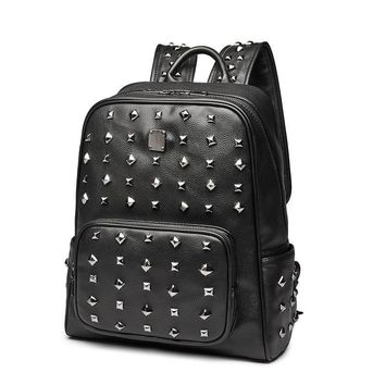 New Cool Personality Punk Rivets Backpack Men/Women Leather Backpacks For Teenage Girls Shoulder Bags Travel Bag School Bag