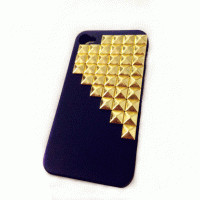 Studded hard matte black iPhone 4/4S case with gold pyramid studs