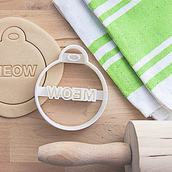 Cat Tag Cookie Cutter With Built-In Handle Design (3D printed)