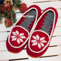 Crochet Men Women Slippers, Christmas Star Blue Red, Gift for him, Gift for her, xmas gift, Custom made