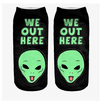 """We Out Here"" Alien - Funny Womens Cartoon Art Ankle Socks (1 Pair)"