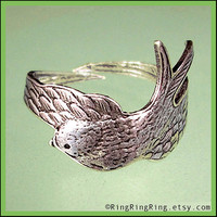 Bird ring - Antiqued silver ring, Adjustable wing jewelry, Gift for sister, girlfriend  102512