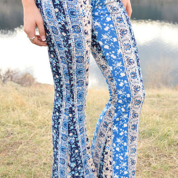 Medallion Printed Stretch Flare
