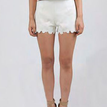 JOA White Scalloped Shorts