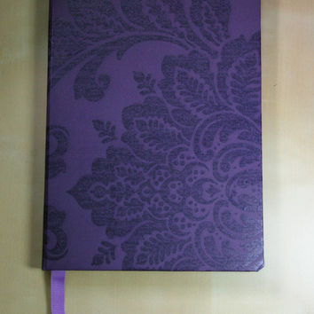 Handmade High Quality Notebook: Dark Purple Damask A5