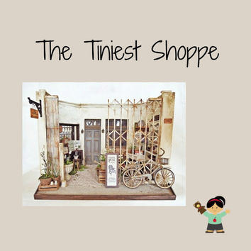 The Tiniest Shoppe (1): An Unexpected Visitor