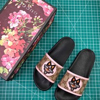 Gucci Leather Slide With Bow Fashion Style 2