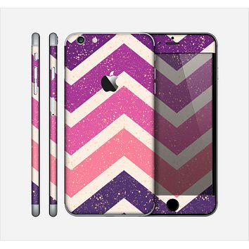 The Purple Scratched Texture Chevron Zigzag Pattern Skin for the Apple iPhone 6 Plus