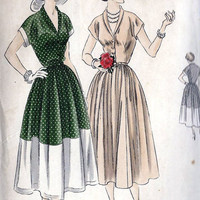 "1950s Summer Dress Misses Vintage Sewing Pattern, Narrow Shawl Collar, Rockabilly, Vogue 6791 Bust 32"" uncut"