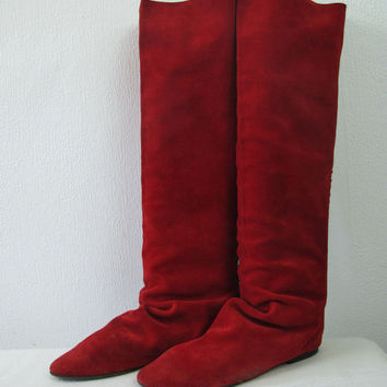Vintage 80's GoGo suede boots 38 red knee ladies shoes Pixie fairy real leather of new wave red flats slouch boots Italy hippy party grunge