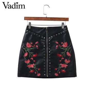 DCCKF4S Women PU leather flower embroidery zipper skirts rivet design faldas European style fashion streetwear black mini skirts BSQ512