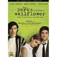 Amazon.com: The Perks of Being a Wallflower: Dylan McDermott, Johnny Simmons, Brian Balzerini, Kate Walsh, Emma Watson: Movies & TV