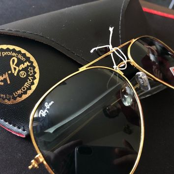 Ray ban sunglasses large Aviator Gold frame black lens Rb 3023
