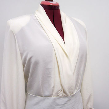 1980s Ivory Long Sleeve Blouse with Plunging Collar - Pintuck Cuffs - Back Buttons - Large Vegan
